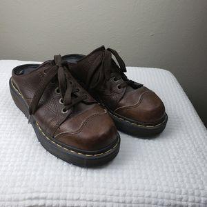 VTG 90s Dr. Martens Lace up leather clogs Size 5